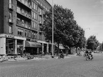 1972-1697 De Goudsesingel, links de hoek met de Vondelweg.