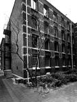 1972-2320 Gevel van het Gemeentearchief (eerste depot) aan de Mathenesserlaan nummer 315.