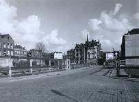 1972-372 Afgebroken en nog bestaande woningen aan de Meermanstraat.