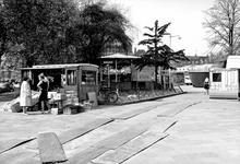 1972-808 1e kermis op het Heemraadsplein, gezien vanaf de Nieuwe Binnenweg.
