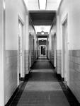 1973-1397-TM-1403 Interieurs van het bejaardentehuis Van Oostervant aan de Oostervantstraat.Afgebeeld van boven naar ...