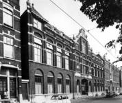 1973-1449 Gezicht op het gebouw van het voormalige Westerziekenhuis en Israëlitisch bejaardentehuis aan de oostzijde ...