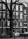 1973-813-EN-814 Huizen nummers 324, 326, 328 en 330 aan de oostzijde van de Heemraadssingel met hotel Vernon.