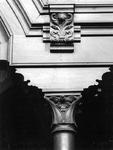1974-832-TM-834 Interieurs van de Remonstrantse kerk aan de Mathenesserlaan.Afgebeeld van boven naar beneden:-832: ...