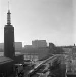 1974-858 Gezicht op de Mathenesserlaan met links het Museum Boymans van Beuningen, vanuit de Remonstrantse kerk gezien.