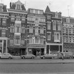1975-1966 Hotel Metropole aan de noordzijde van de Nieuwe Binnenweg nummers 13 en 15.
