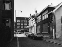 1977-1296 De Slachtstraat en op de achtergrond de Vlietkade.