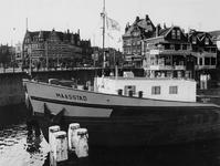 1977-353 Voorsteven van het schip De Maasstad voor de Lage Erfbrug bij de Delfshavense Schie. Op de achtergrond de ...