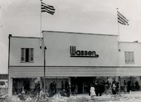 XIV-453-04 Noodwinkel van N.V. Wassen aan de Mathenesserlaan.
