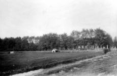 XXV-59 Gezicht op de boerderij Velzenlust aan de Beukelsdijk, uit het zuiden.