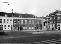 XXV-700-07 Huizen aan de Van der Werffstraat tussen de Meermanstraat en Jonker Fransstraat, uit het zuiden.
