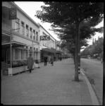 BO-281 Noodwinkels en voetgangers aan de Nieuwe Binnenweg.