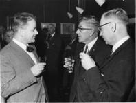 1967-590 V.l.n.r. Algemene rijksarchivaris A.E.M. Ribberink van het Algemeen Rijks Archief, burgemeester W. Thomassen, ...
