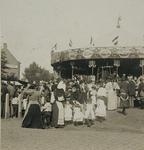 1971-1157-1 Carrousel op de kermis op de Veemarkt