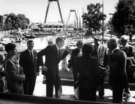 1990-612 Bezoek Finse president. De Finse president Koivisto en zijn echtgenote brengen een bezoek aan Rotterdam en ...