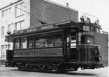 XXXIII-1527-04-3 De zestig jaar oude tram van de R.E.T weer in gebruik gesteld als museumtram, ter gelegenheid van de ...