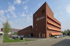 114 Het gebouw van de Veiligheidsregio Rotterdam Rijnmond en de Brandweerkazerne aan de Frobenstraat in Schiebroek.
