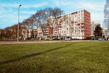 160 De Meidoornsingel in Schiebroek met woonzorgcentrum Borgsate.