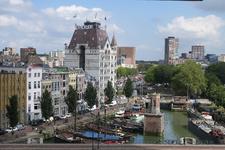 329 De Wijnhaven met het Witte Huis met zicht op de Geldersekade en het Haringvliet.