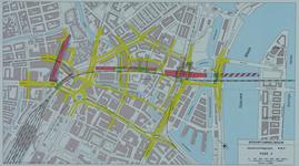 1982-3287 Plattegrond van het ontwerptracé van de Willemsspoortunnel en omgeving op de rechter Maasoever met daarop ...