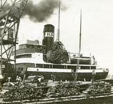 FD-3233 De overslag van hout in de haven