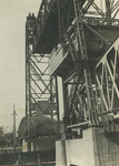 FD-3391 Zijaanzicht van de Spoorbrug over de Koningshaven, de Hef.