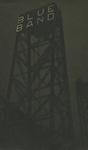 FD-3392 Eén van de torens van de Spoorbrug over de Koningshaven, oftewel De Hefbrug, bij nacht met een reclame voor ...
