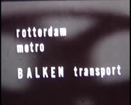 BB-0903-3 Het transport van balken voor metroviaducten in Rotterdam-Zuid. Met animaties, muziek en commentaar. ...