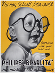 X-0000-0265 Nu nog scherts, later ernst. Geeft jonge oogen goed licht met Philips Bi-Arlita van minstens 150 dekalumen.