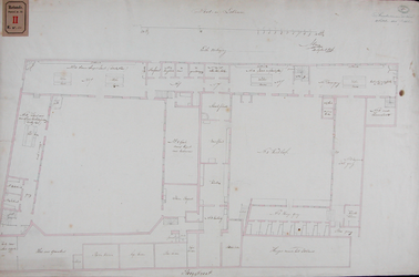 RT-II-122-5 Ontwerp tot verbouwing van het Pest- en Dolhuis aan de Hoogstraat. Tekening C, plattegrond van de eerste ...
