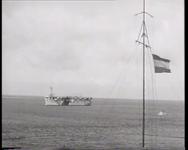 BB-0204 HMS Karel Doorman op zee en bij scheepswerf Wilton-Feijenoord Schiedam.