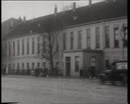 BB-0397 Afgelasting van een concert in het bouwvallige gebouw De Doele. Speelduur: 13 sec.