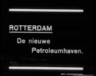 BB-0411 Na het doorbaggeren van de dijk vult de 1e Petroleumhaven zich met water. Speelduur: 1 min. 20 sec.