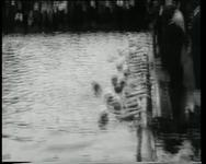 BB-0434 Zwemwedstrijden in de Schie.