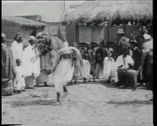 BB-0438 Nenijto-tentoonstelling met Afrikaanse dans.