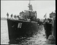 BB-0455 Oorlogsschip aan de Parkkade.