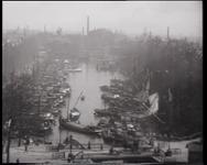 BB-0477 Opnamen van de havens in de binnenstad, gezicht vanaf het Witte Huis naar Spanjaardsbrug en Haringvliet, Oude ...