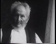 BB-0487 Verjaardag Cornelis Kurpershoek, Rotterdams oudste man, veertien dagen later overleed hij. Speelduur: 12 sec.
