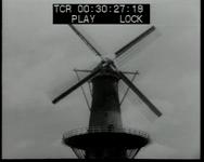 BB-0684 Molen de Noord met draaiende wieken. Speelduur: 22 sec.