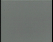 BB-0763 Crisistijd in de Rotterdamse haven. Opgelegde schepen en half gezonken wrakken in de Waalhaven. Speelduur: 3 min.