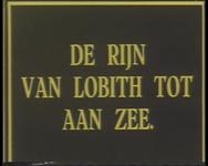BB-0951 Vanuit Tolkamer bij Lobith vertrekt een binnenvaartschip naar Hoek van Holland. Met kaartjes en tekstblokken ...