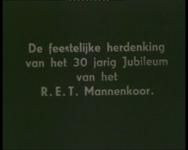 BB-1078 Het 30 jarig bestaan van het mannenkoor. Beelden van de repetitie, het optreden in de schouwburg en op het ...