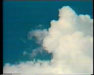 BB-1973 Compilatie van diverse televisieprogramma's over de opening van de Erasmusbrug. De opbouw van een brunch op de ...