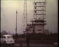 BB-3960 Vanaf de pier van Hoek van Holland tot aan de oude Willemsbrug; de stad gezien vanaf de Nieuwe Maas; ...