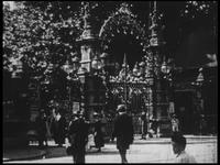 BB-5011 Film met titels over de Rotterdamsche Diergaarde. Titel: eigen opnamen van het W.B. Theater (Wester Bioscoop ...