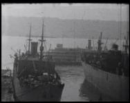 BB-5228 Vervolg zakenreis Amerika met de Heren Kuipers en Schmidt. New York met de haven en z'n typische ...