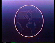 BB-3855 Televisieprogramma Nos Televishon van de Antilliaanse redactie van TV Mozaïek. Gesprekken met Ton Peeters, Inge ...