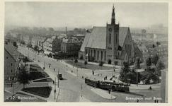 PBK-1039 De gereformeerde Breepleinkerk op de hoek van de Bree links en de Randweg rechts, gezien uit het zuidoosten. ...