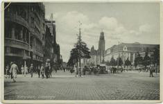 PBK-10652 Coolsingel bij de Van Oldenbarneveltstraat, uit het zuidwesten. Rechts het postkantoor en het stadhuis.
