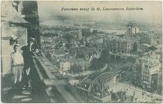 PBK-10836 Overzicht van het zuidoostelijke deel van het stadscentrum vanaf de Grote Kerk. Op de voorgrond het ...